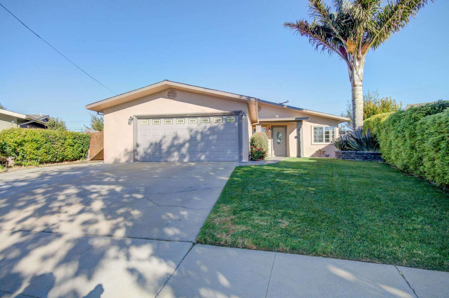 Detail Gallery Image 1 of 1 For 1479 Nichols Ave, Salinas, CA 93906 - 3 Beds | 2 Baths