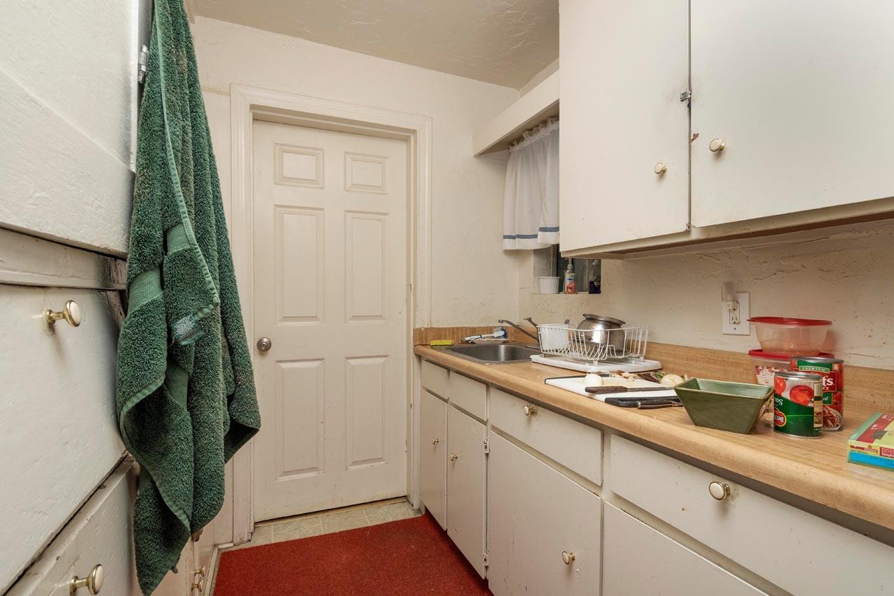 61 N CLAREMONT ST, SAN MATEO, CA 94401  Photo 8