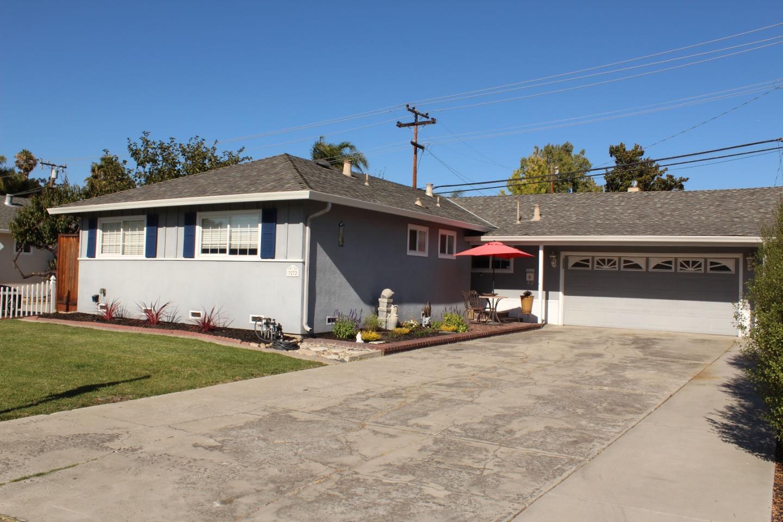 Detail Gallery Image 1 of 1 For 3272 Vistamont Dr, San Jose,  CA 95118 - 3 Beds | 2 Baths
