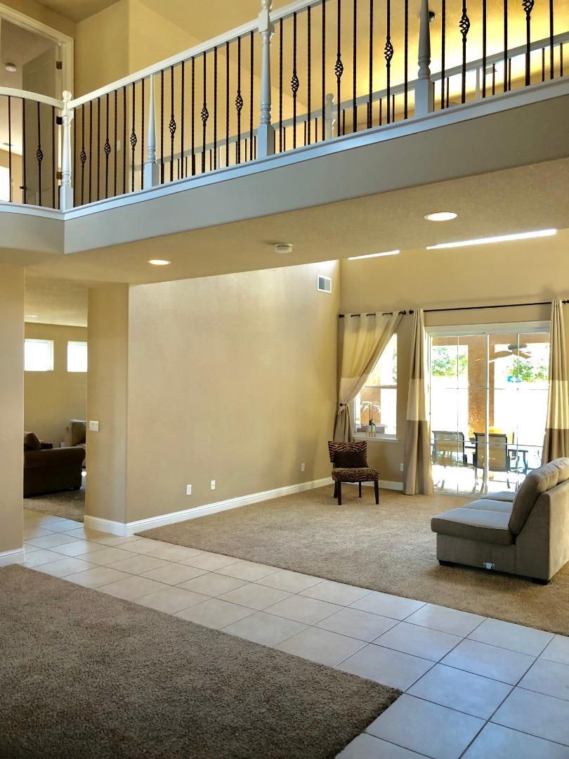 9571 N Larkspur Avenue, Fresno, CA 93720 $539,999 www