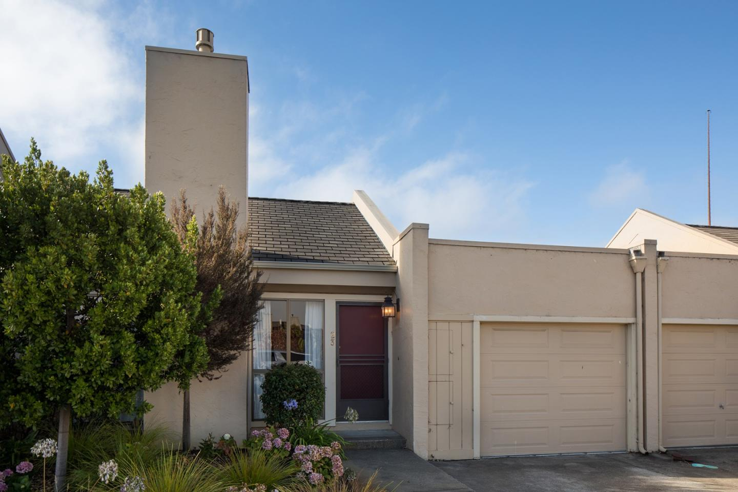 Detail Gallery Image 1 of 13 For 4000 Rio Rd #23, Carmel, CA 93923 - 2 Beds | 2 Baths