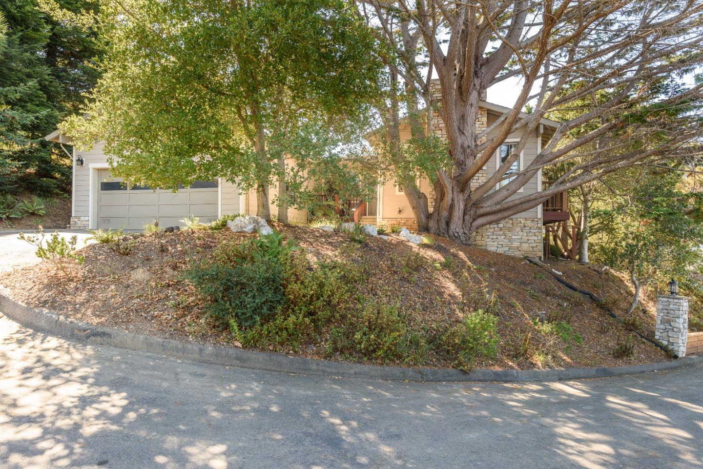 32 HUMBOLDT CT, PACIFICA, CA 94044  Photo