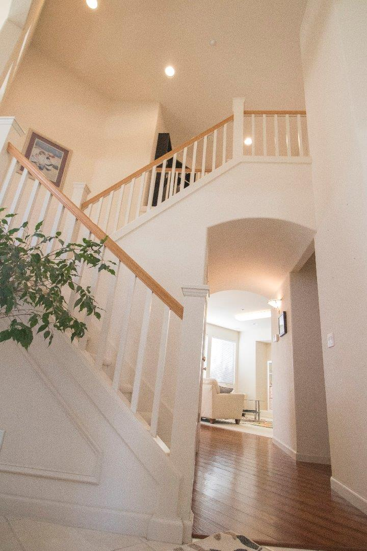 Detail Gallery Image 1 of 26 For 1846 Lancashire Dr, Salinas, CA 93906 - 4 Beds | 2/1 Baths