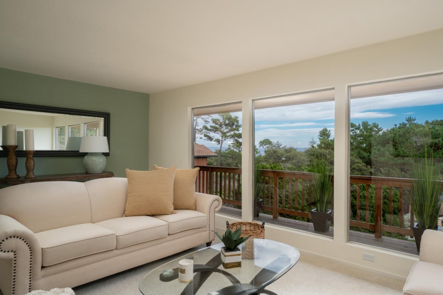 Detail Gallery Image 1 of 1 For 770 Dry Creek Rd, Monterey, CA, 93940 - 3 Beds | 2 Baths