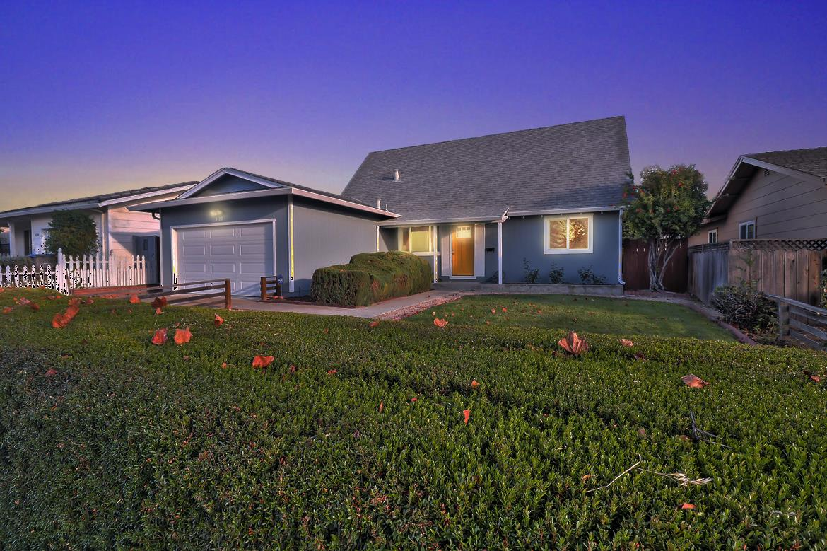 Detail Gallery Image 1 of 1 For 3122 Capewood Ln, San Jose, CA, 95132 - 4 Beds | 2 Baths
