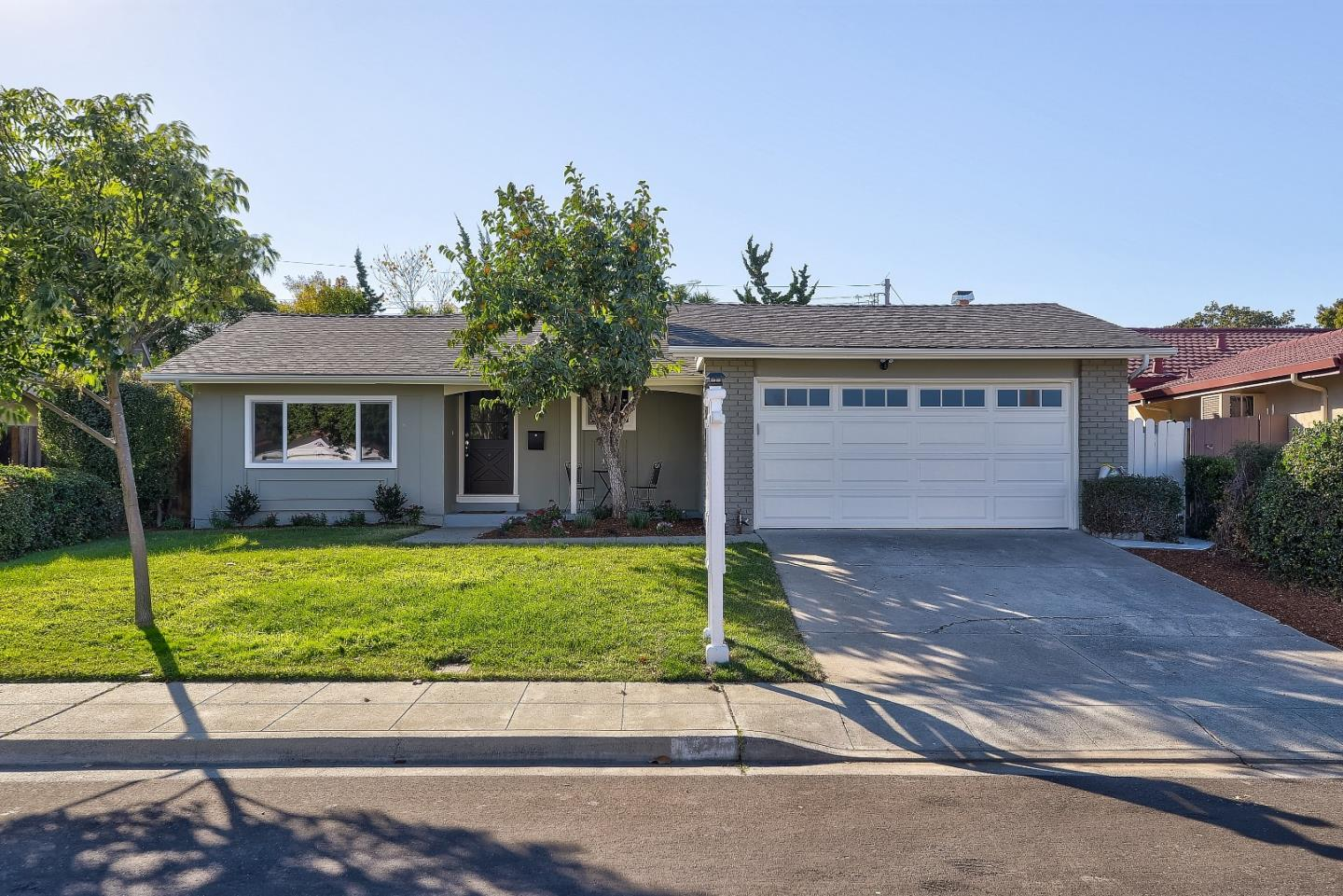 Detail Gallery Image 1 of 1 For 921 Populus Pl, Sunnyvale,  CA 94086 - 3 Beds   2 Baths