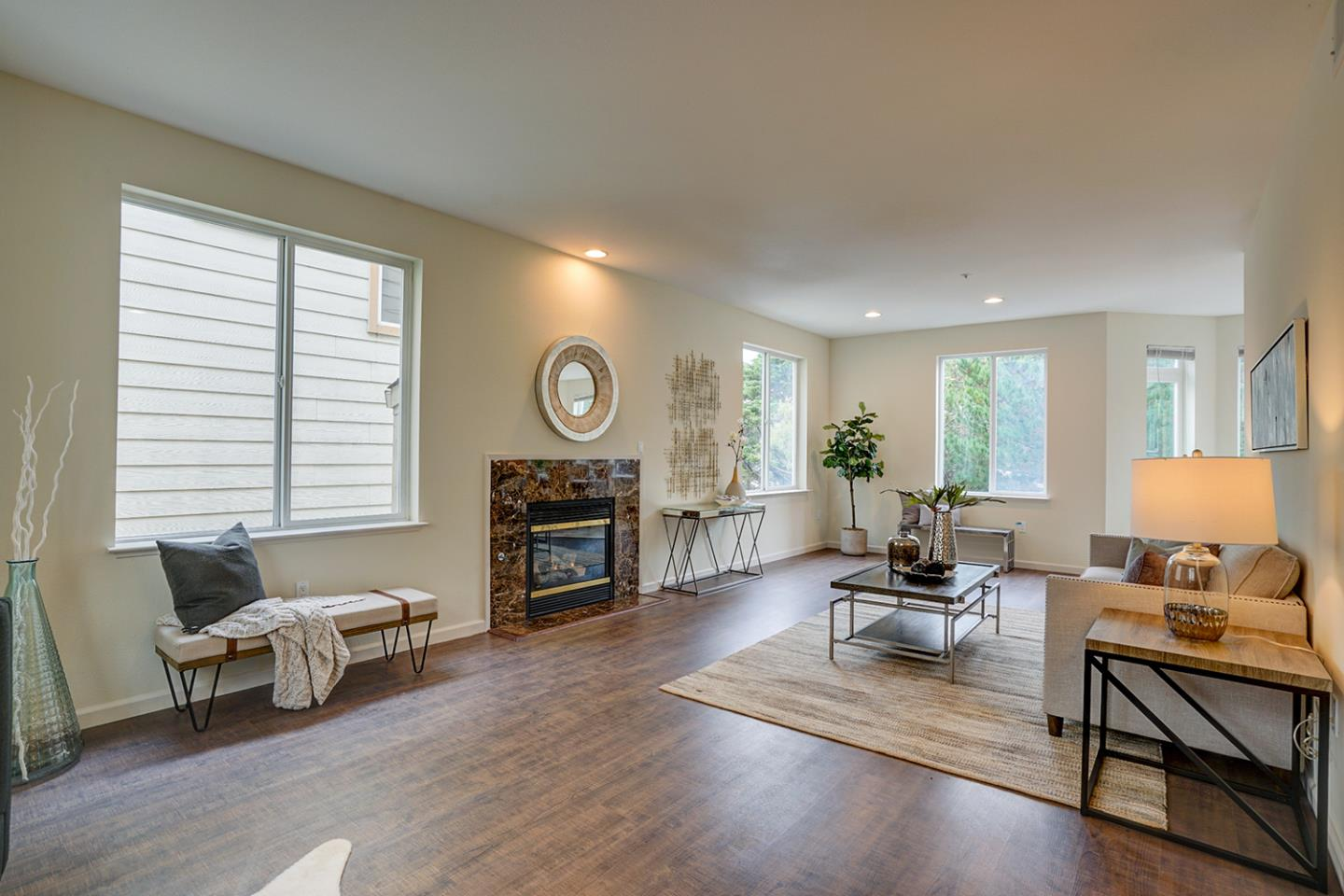 Detail Gallery Image 1 of 1 For 136 Serra Ln, Daly City,  CA 94015 - 4 Beds | 3 Baths