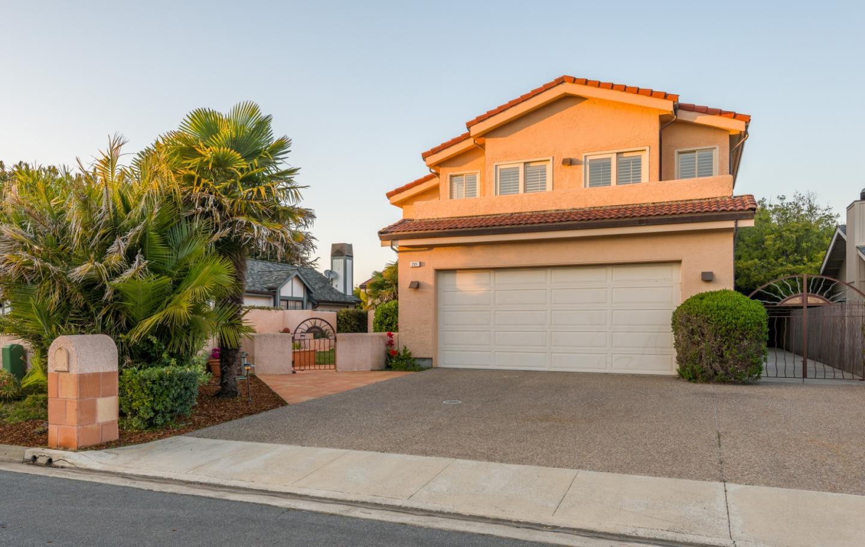 221 Correas Street Half Moon Bay, CA 94019 - MLS #: ML81727594