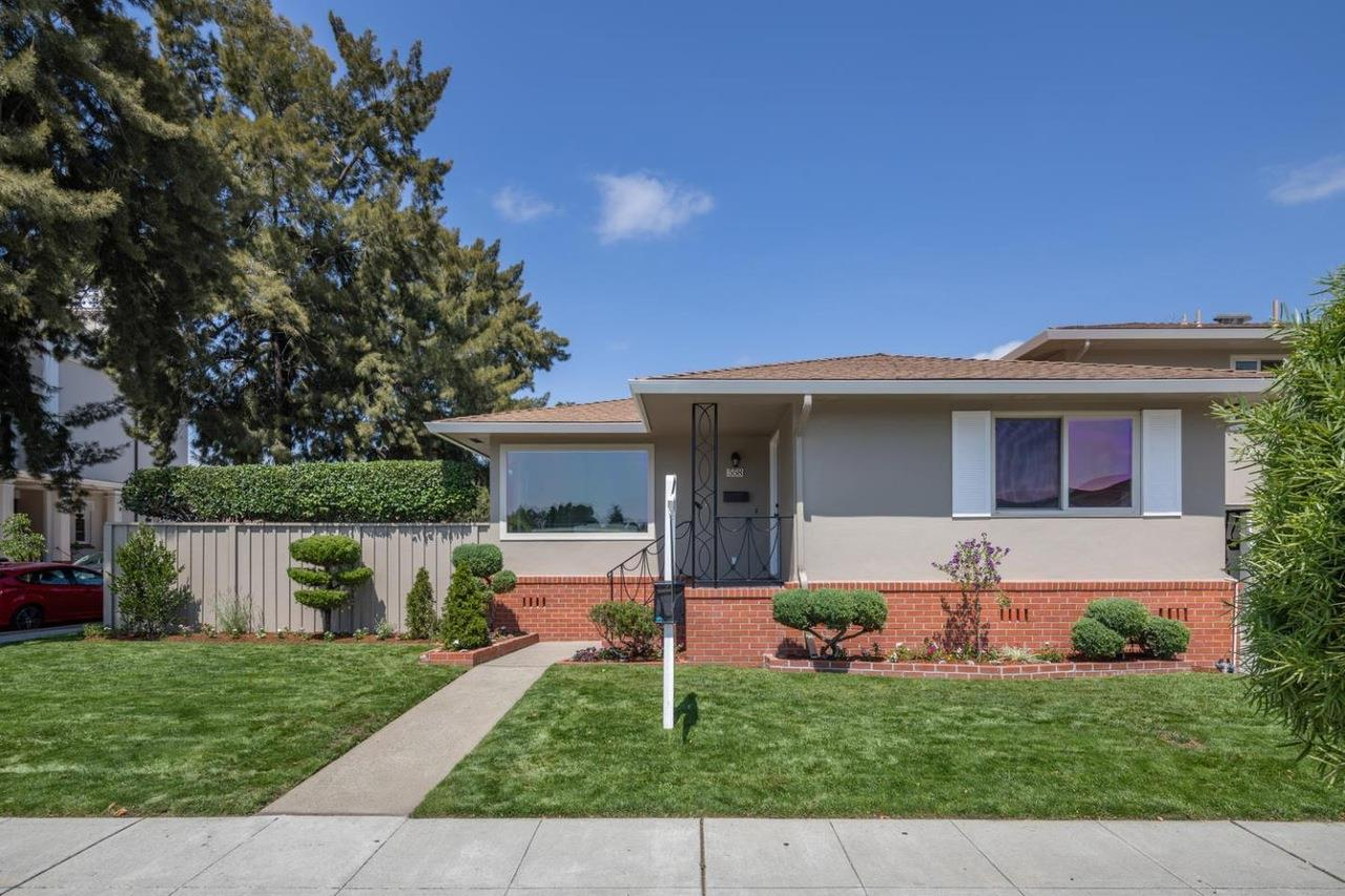 Detail Gallery Image 1 of 1 For 558 James Ave, Redwood City,  CA 94062 - 3 Beds | 2 Baths