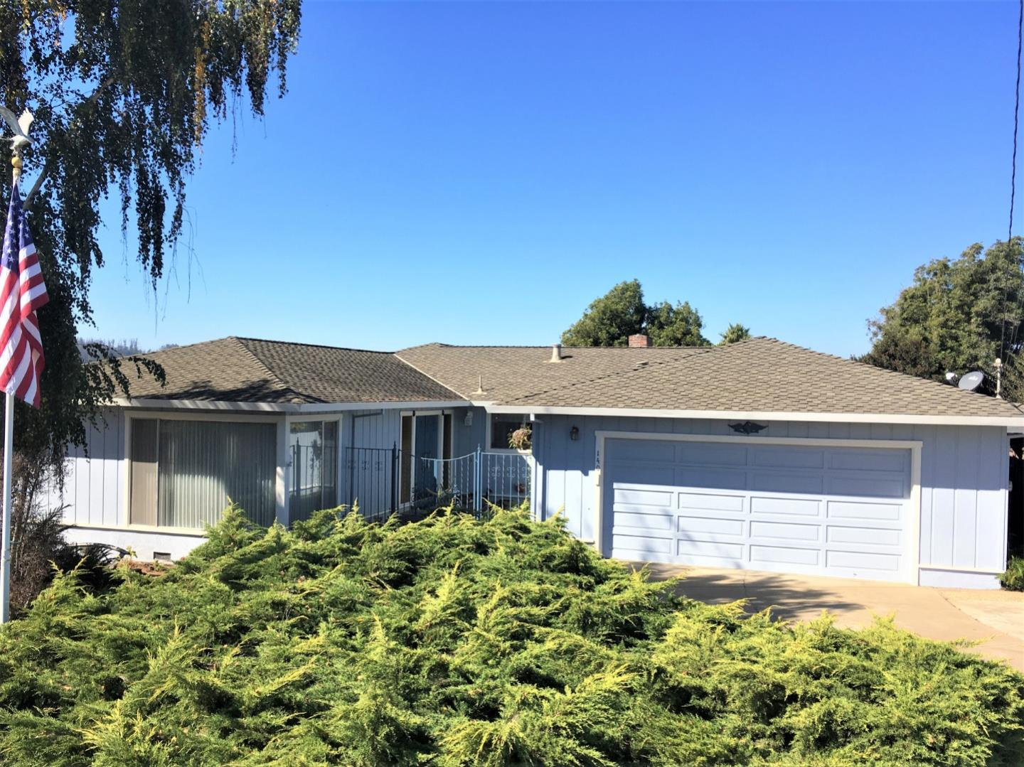 Detail Gallery Image 1 of 1 For 140 Shamrock Pl, Watsonville,  CA 95076 - 4 Beds | 2/1 Baths