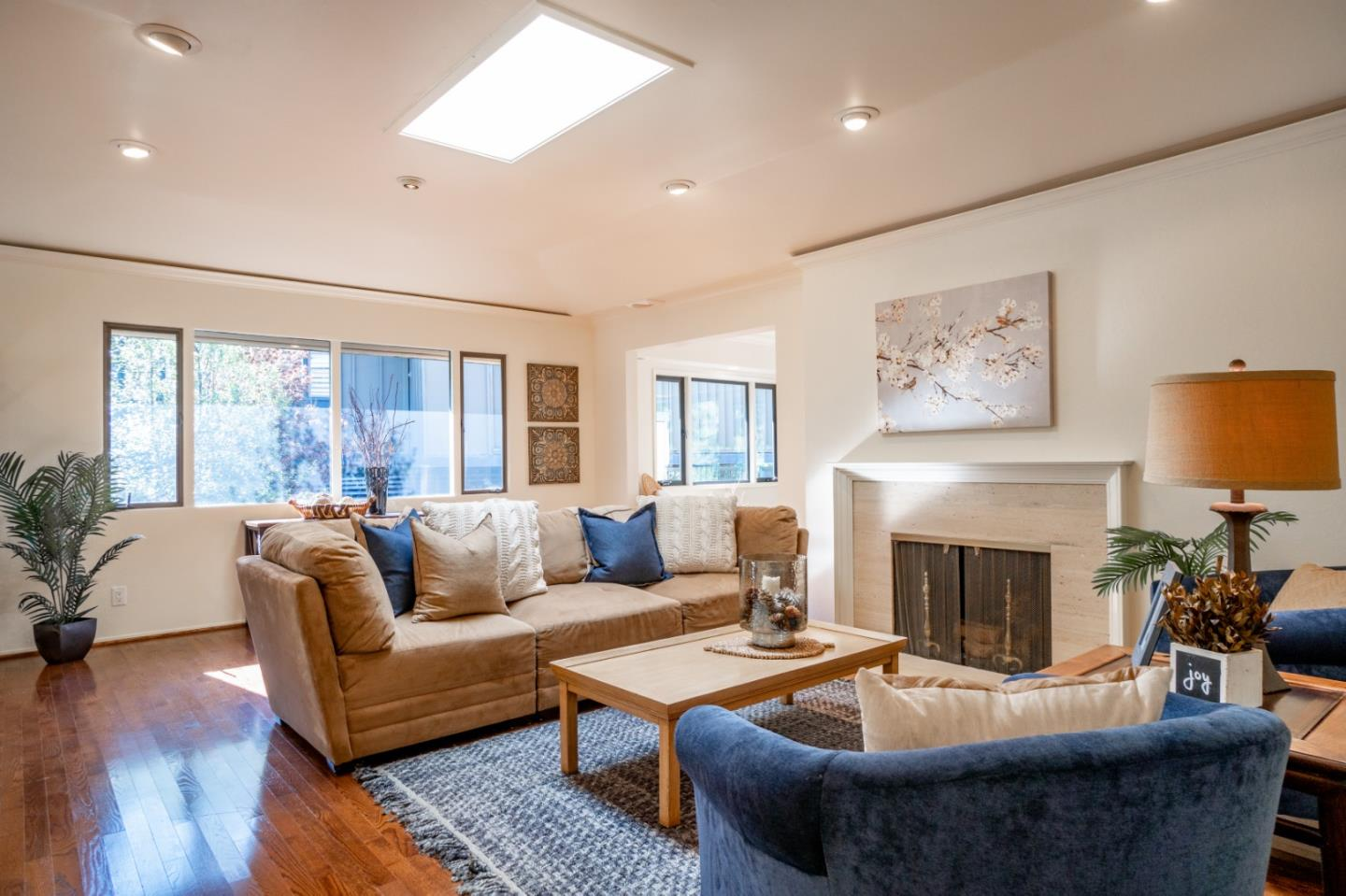 Detail Gallery Image 1 of 1 For 279 Del Mesa Carmel, Carmel,  CA 93923 - 2 Beds | 1/1 Baths