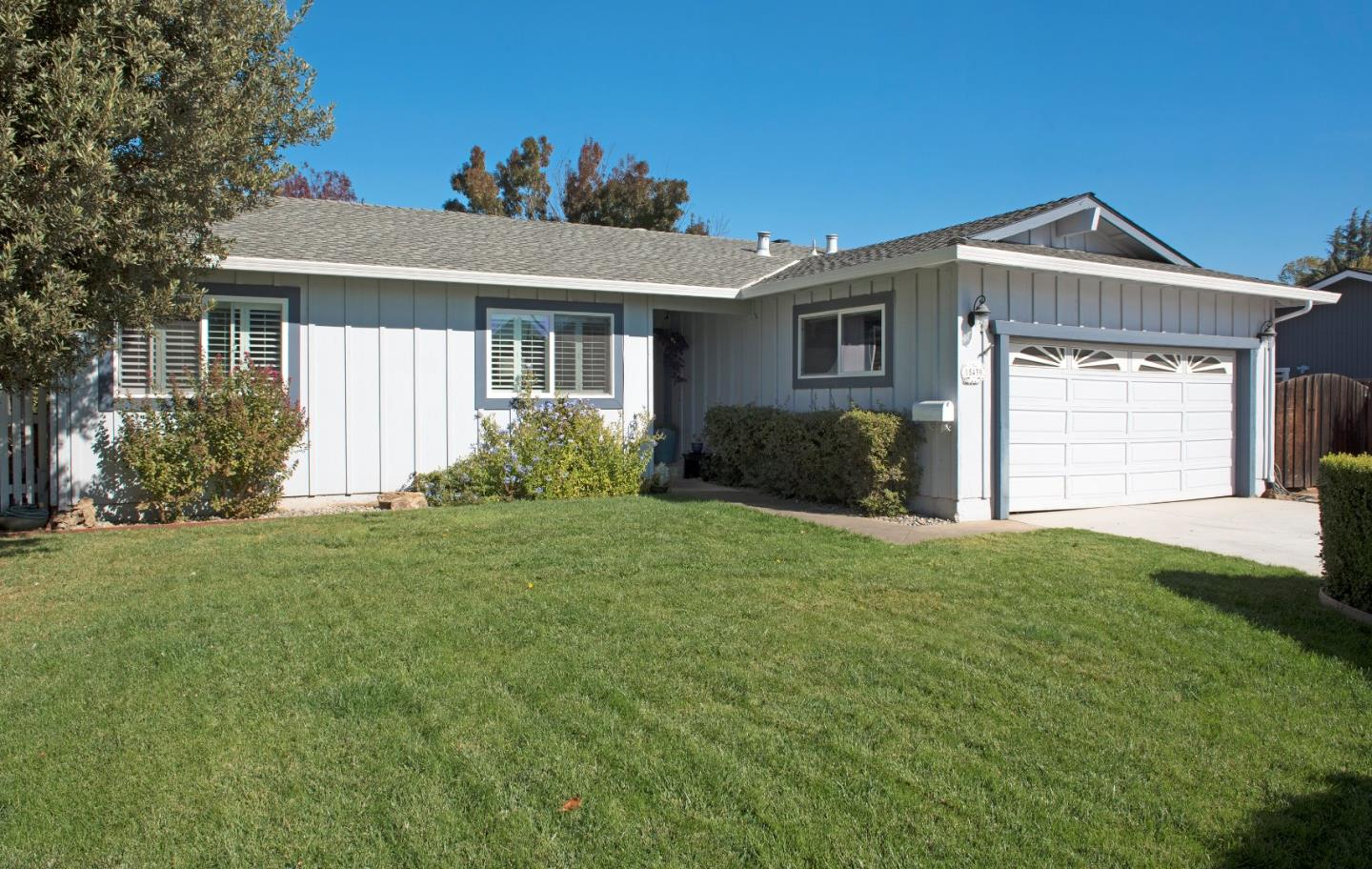 Detail Gallery Image 1 of 1 For 15430 Barcelona Ct, Morgan Hill, CA 95037 - 3 Beds | 2 Baths