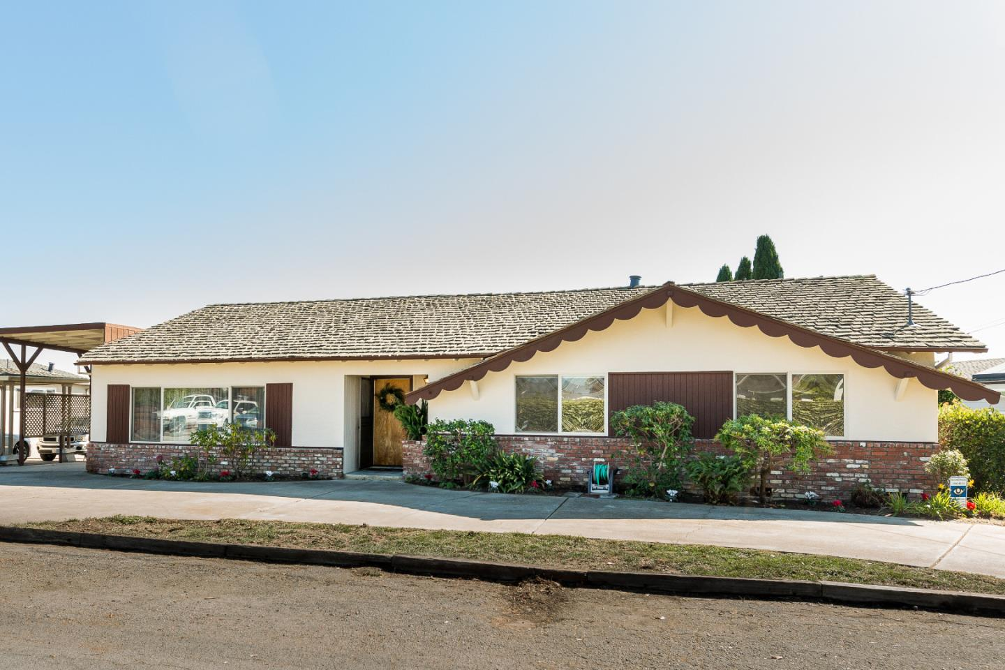 Detail Gallery Image 1 of 1 For 98 Cutter Dr, Watsonville, CA, 95076 - 4 Beds | 2 Baths