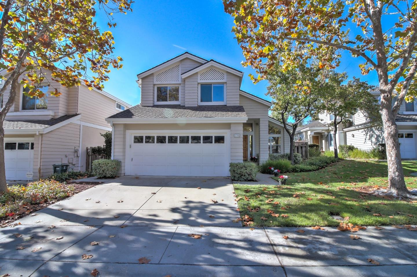 Detail Gallery Image 1 of 1 For 11765 Ridge Creek Ct, Cupertino,  CA 95014 - 3 Beds | 2/1 Baths