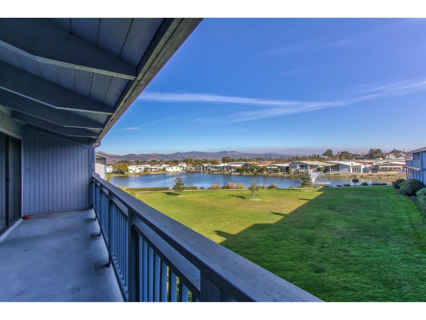 Detail Gallery Image 1 of 1 For 174 Kern St #32,  Salinas,  CA 93905 - 2 Beds | 2 Baths