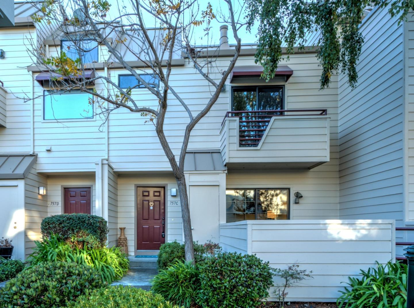 Detail Gallery Image 1 of 1 For 757 Loma Verde Ave #C,  Palo Alto,  CA 94303 - 2 Beds   2/1 Baths