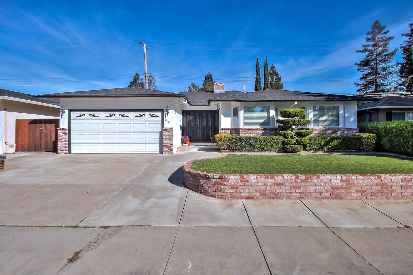 Detail Gallery Image 1 of 1 For 2185 Cabrillo Ave, Santa Clara, CA, 95050 - 3 Beds   2 Baths
