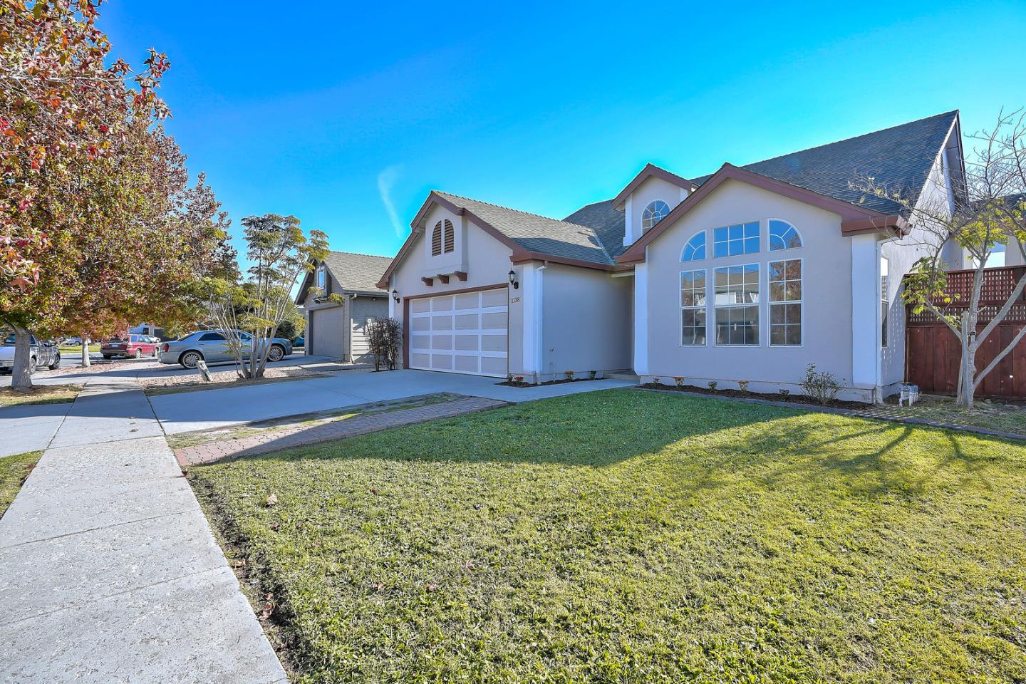 Detail Gallery Image 1 of 1 For 1138 Wellington Ct, Salinas,  CA 93906 - 3 Beds   2 Baths