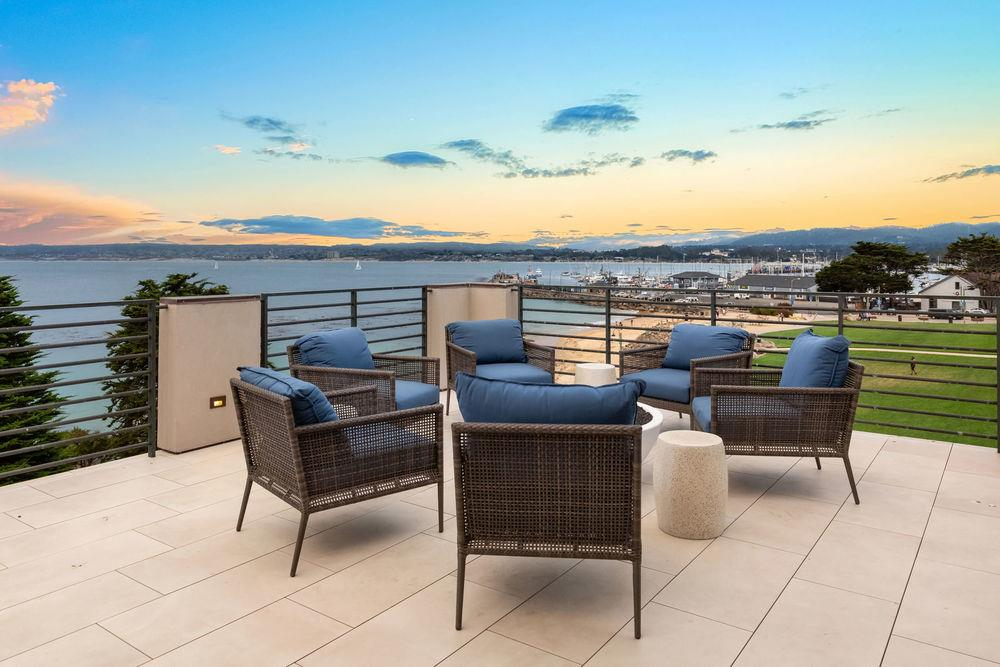 Detail Gallery Image 1 of 1 For 201 Cannery Row #6, Monterey, CA, 93940 - 2 Beds | 2 Baths