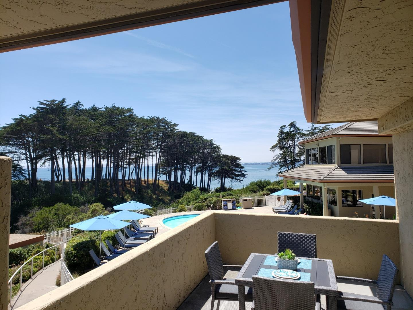 209 Seascape Resort DR Aptos, CA 95003