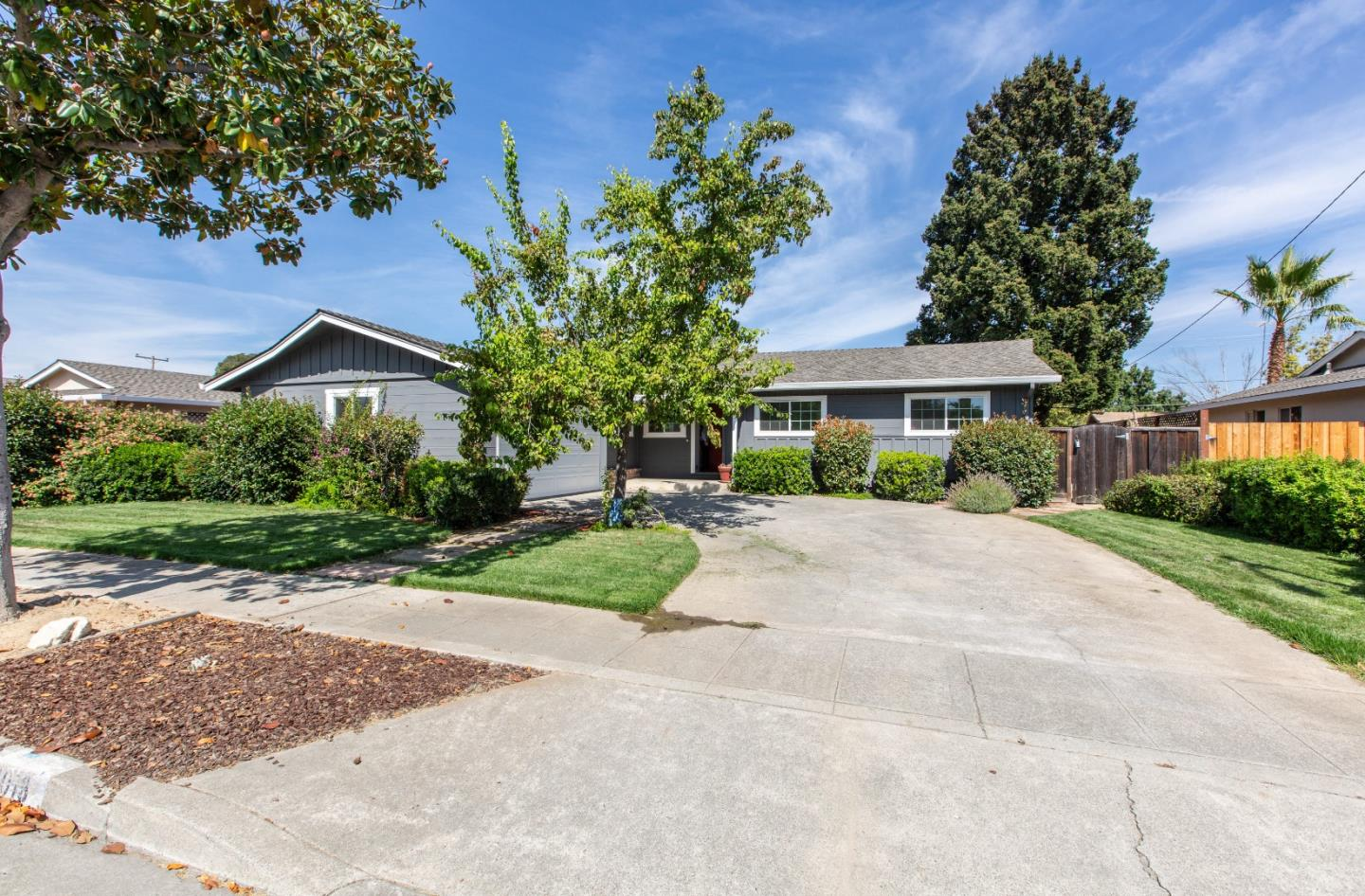 Detail Gallery Image 1 of 1 For 1013 Payette Ave, Sunnyvale, CA 94087 - 3 Beds | 2 Baths