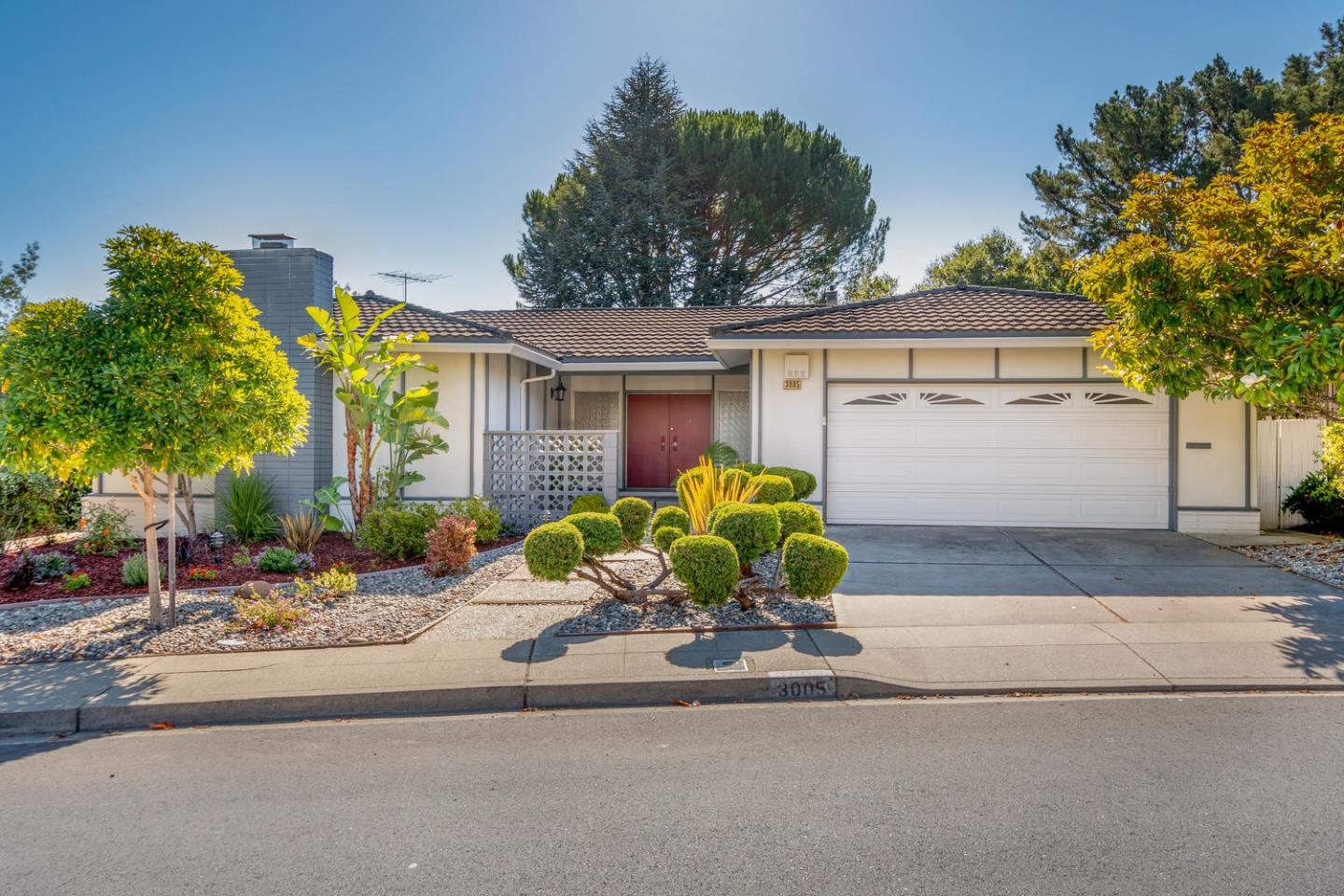 Detail Gallery Image 1 of 1 For 3005 Rivera Dr, Burlingame, CA, 94010 - 3 Beds | 2/1 Baths