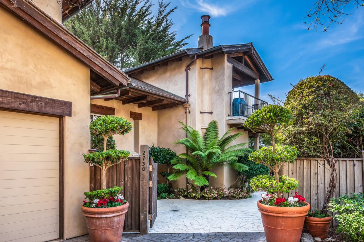 Detail Gallery Image 1 of 18 For 2730 Santa Lucia Ave, Carmel, CA, 93923 - 3 Beds | 3/1 Baths