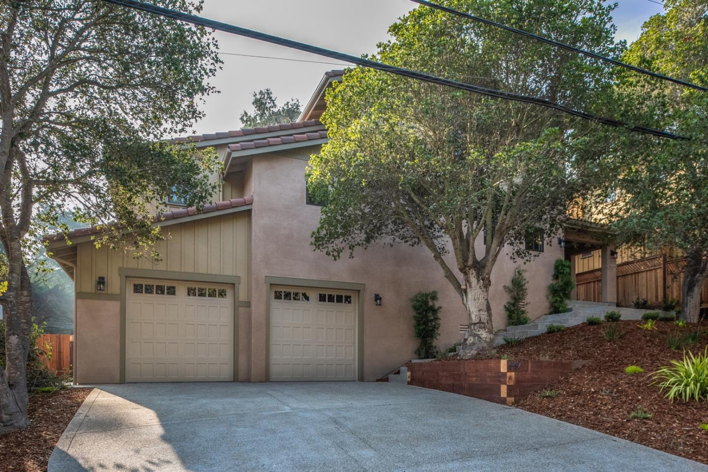 Detail Gallery Image 1 of 1 For 441 Colton St, Monterey, CA, 93940 - 3 Beds | 2/1 Baths