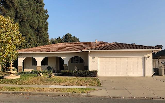 Detail Gallery Image 1 of 1 For 1105 Aspen Pl, Salinas,  CA 93901 - 3 Beds | 2 Baths