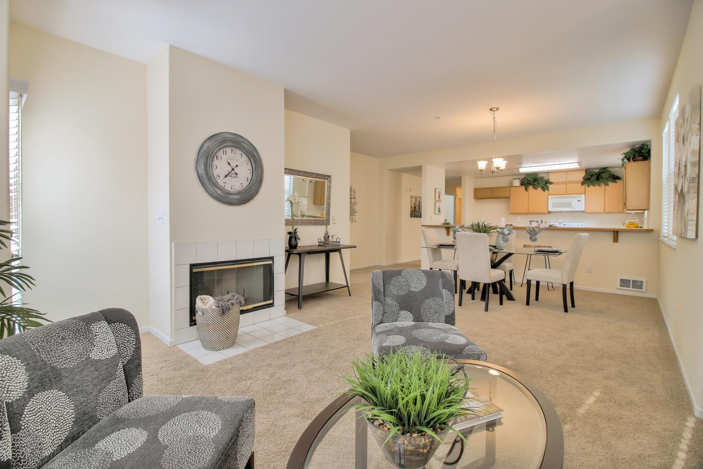Detail Gallery Image 1 of 1 For 952 S 11th St #138, San Jose, CA 95112 - 2 Beds | 2 Baths