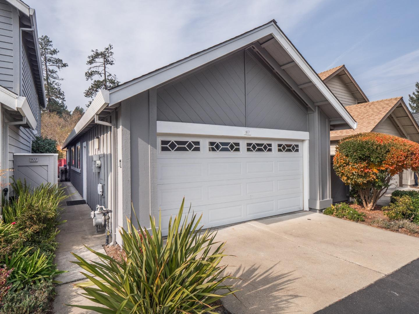 Detail Gallery Image 1 of 24 For 411 Lockewood Ln, Scotts Valley, CA, 95066 - 3 Beds | 2 Baths
