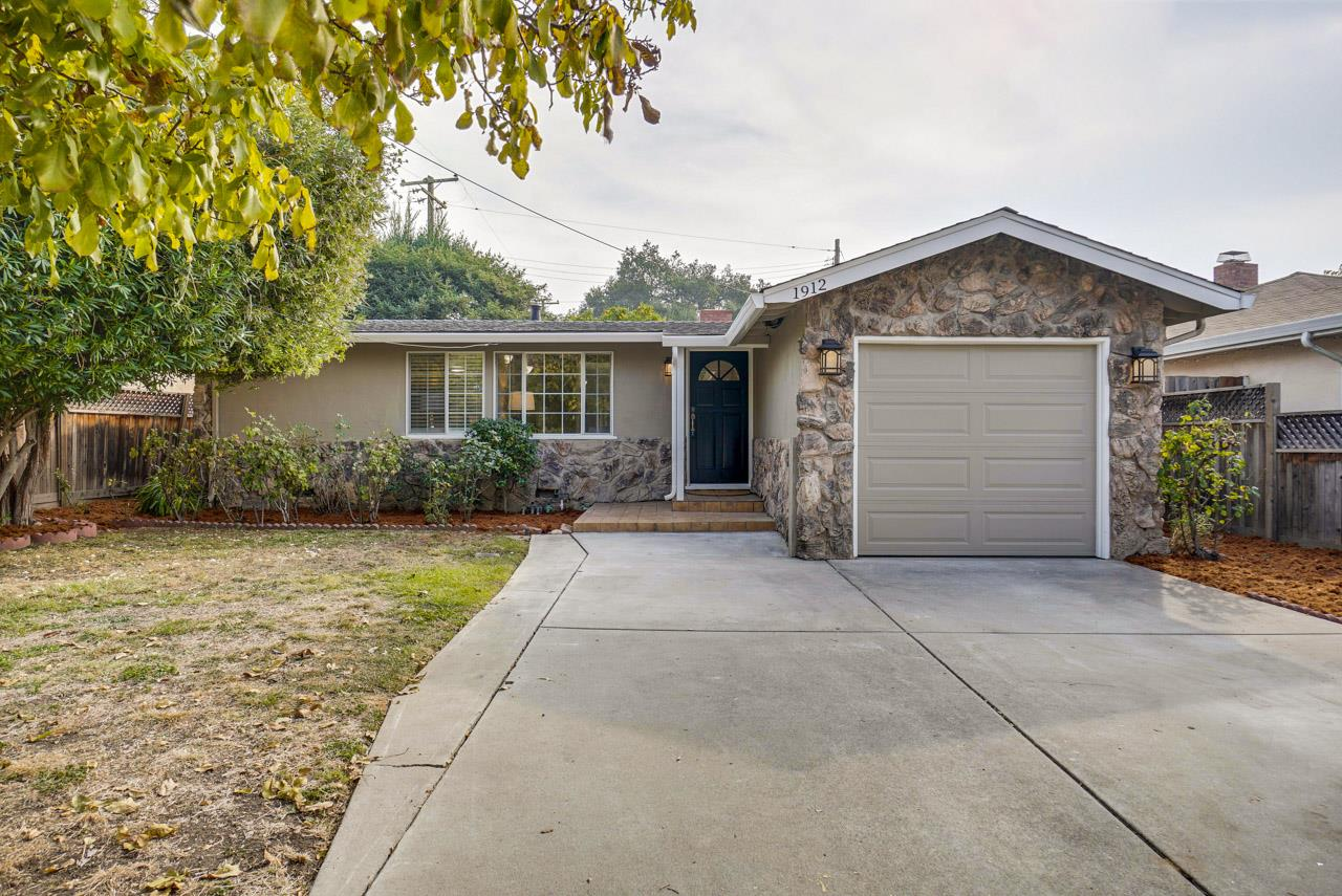 Detail Gallery Image 1 of 1 For 1912 Bellomy St, Santa Clara, CA 95050 - 2 Beds | 1 Baths