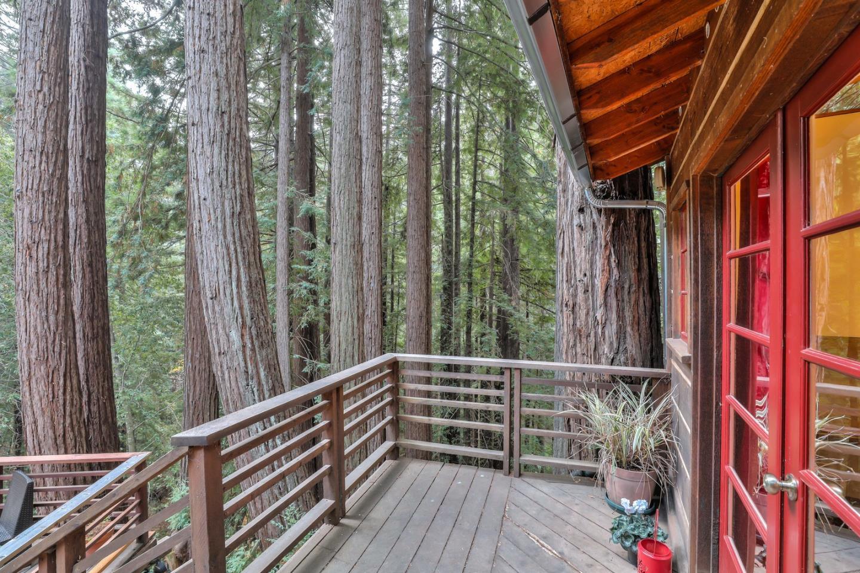 321 Blakewood Way Woodside, CA 94062 - MLS #: ML81731912