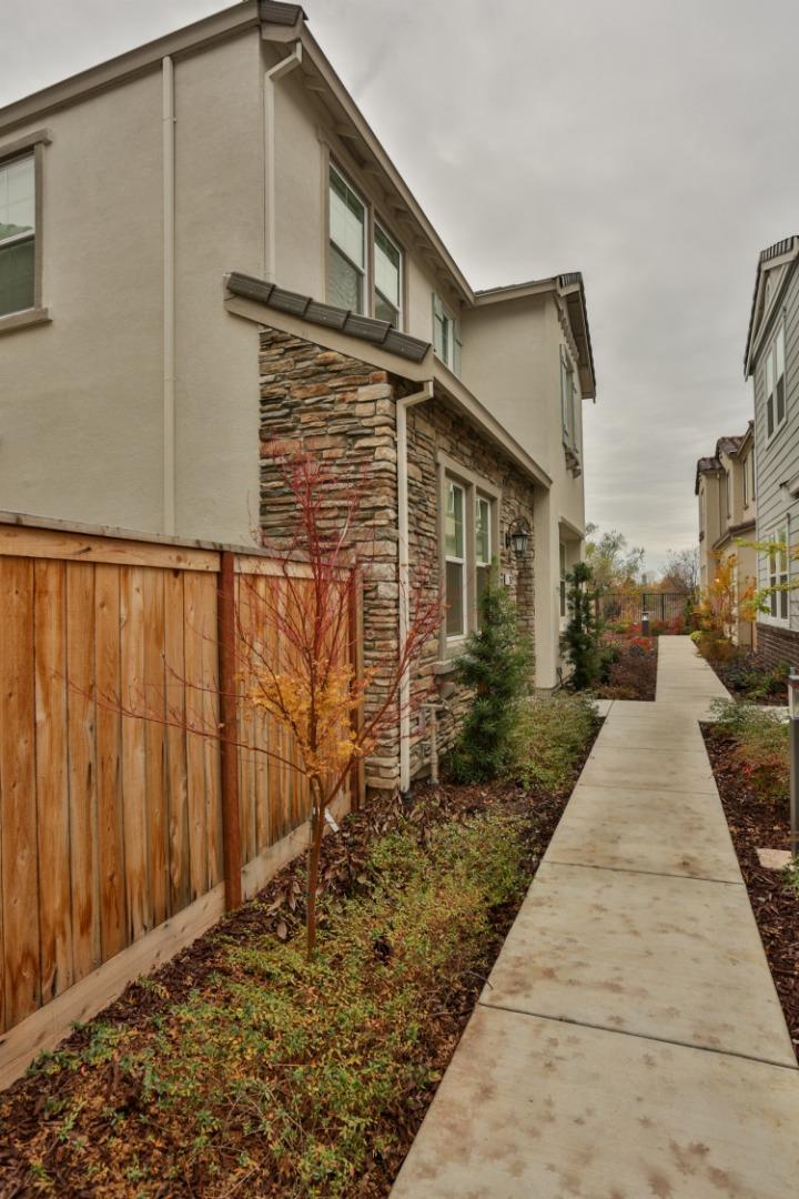 202 Colner Circle Folsom, CA 95630 - MLS #: ML81732313