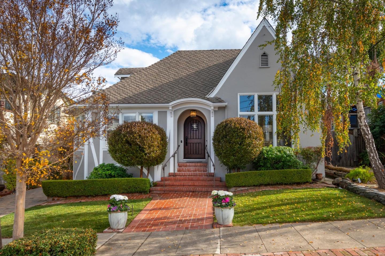 2111 Roosevelt Avenue Burlingame, CA 94010 - MLS #: ML81732411