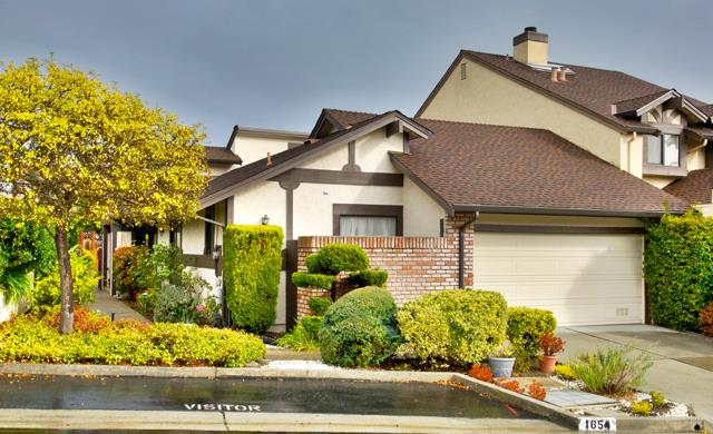 Detail Gallery Image 1 of 1 For 1654 Sugarloaf Dr, San Mateo,  CA 94403 - 2 Beds | 2 Baths