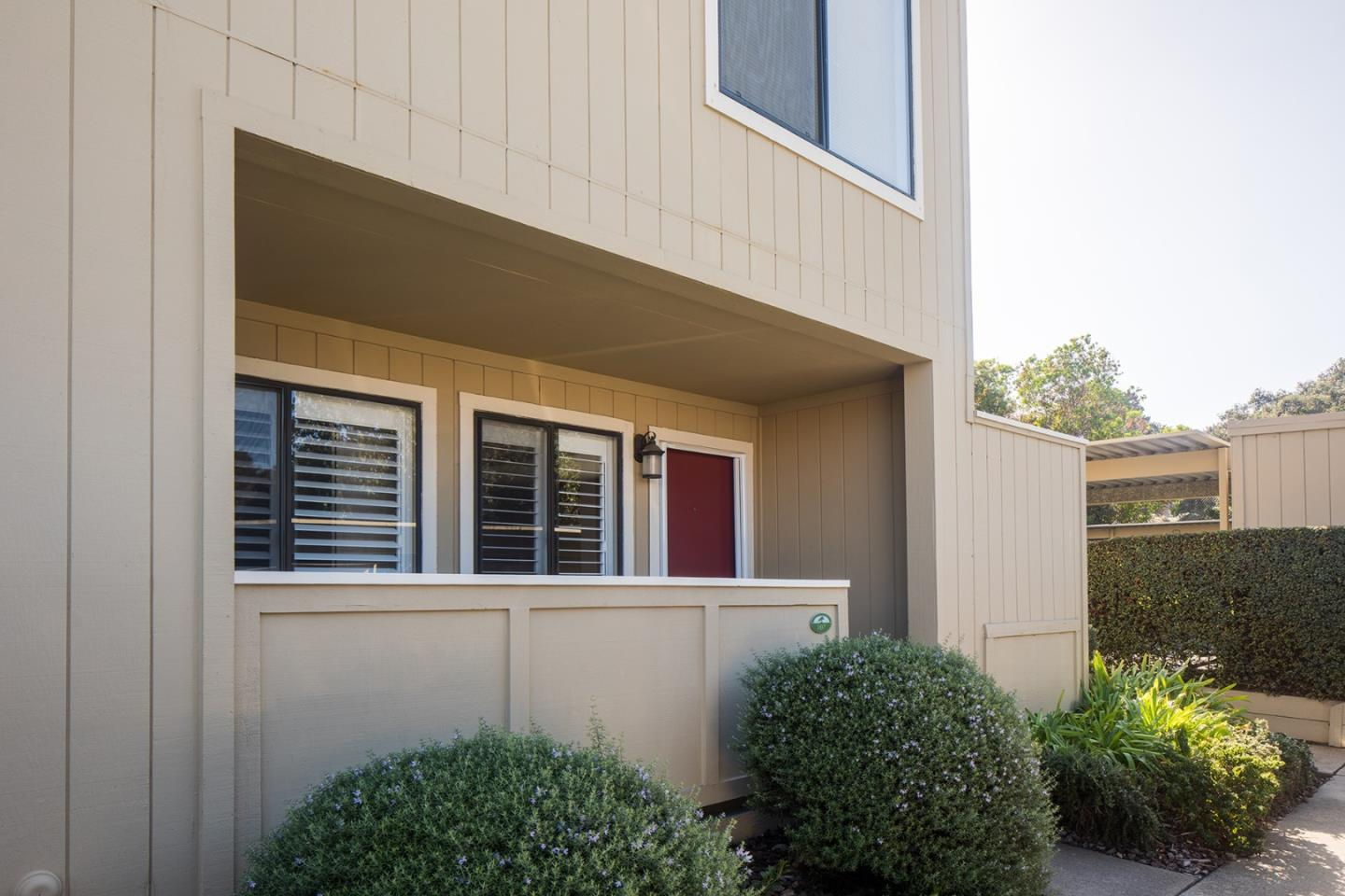 Detail Gallery Image 1 of 1 For 820 Casanova Ave #107, Monterey, CA, 93940 - 1 Beds | 1 Baths