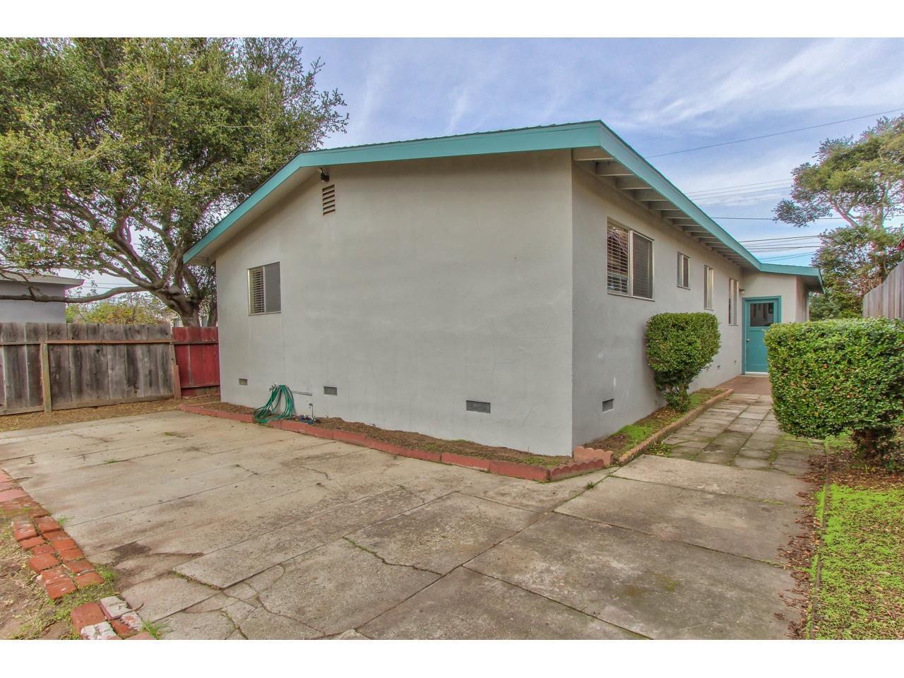 306 Del Robles Avenue Monterey, CA 93940 - MLS #: ML81732712
