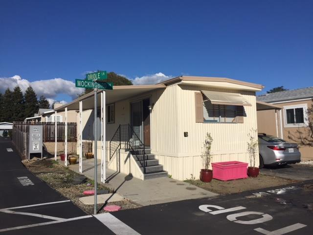 Detail Gallery Image 1 of 1 For 4425 Clares St #18, Capitola, CA, 95010 - 1 Beds | 1 Baths