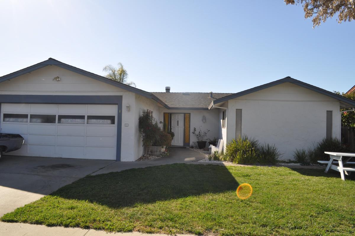 Detail Gallery Image 1 of 1 For 1540 Memorial Dr, Hollister, CA, 95023 - 3 Beds | 2 Baths