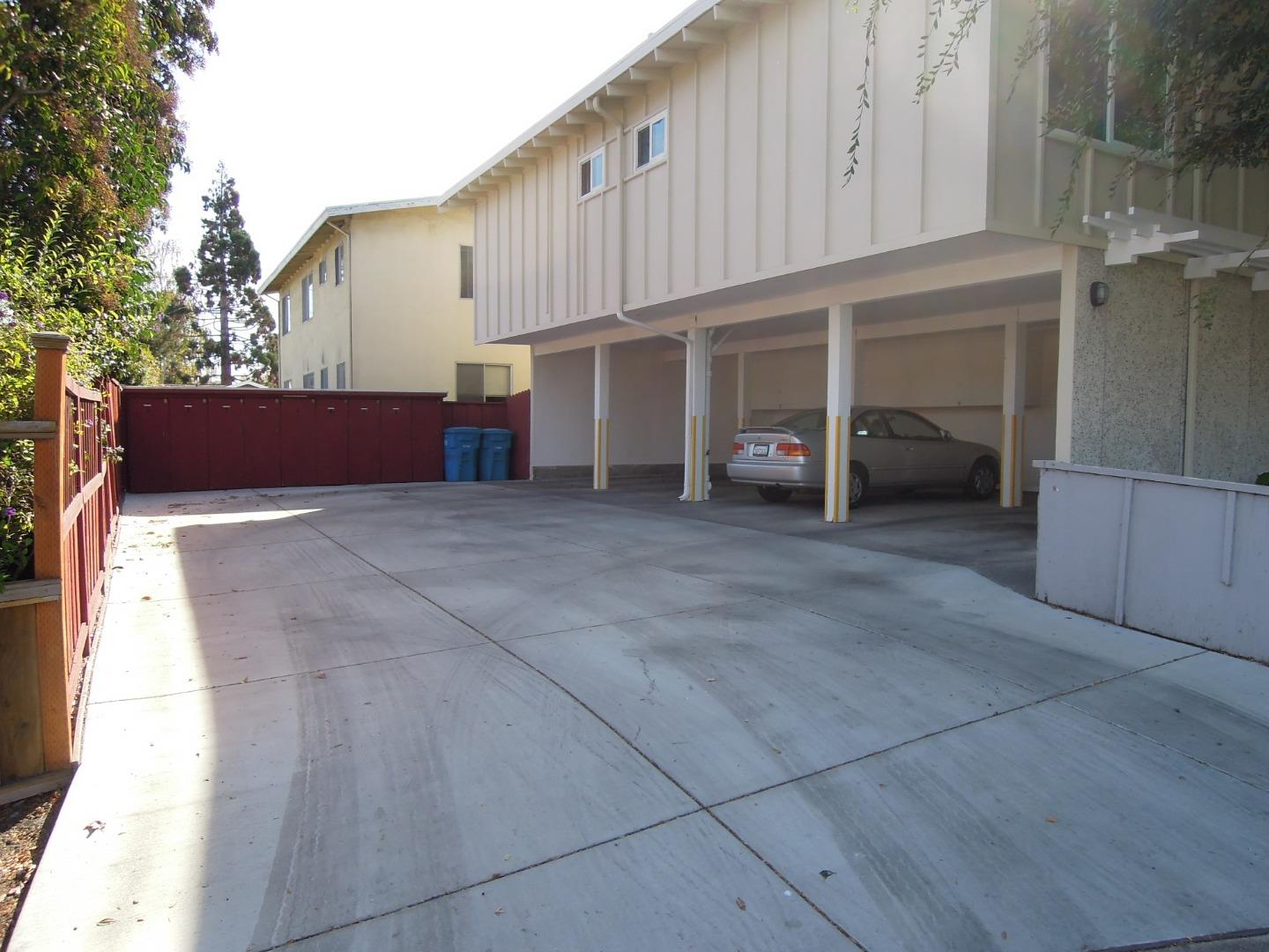 611 Topaz Street Redwood City, CA 94061 - MLS #: ML81733267