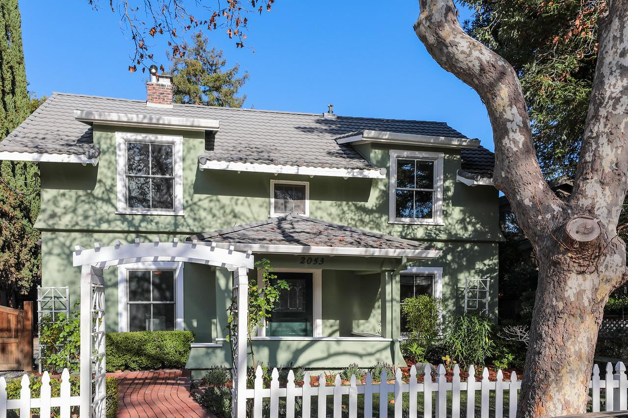 Detail Gallery Image 1 of 1 For 2053 Princeton St, Palo Alto, CA, 94306 - 5 Beds | 3/1 Baths