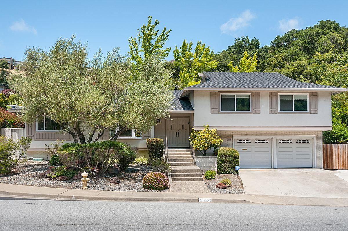 Detail Gallery Image 1 of 1 For 3032 Brittan Ave, San Carlos,  CA 94070 - 3 Beds | 2/1 Baths