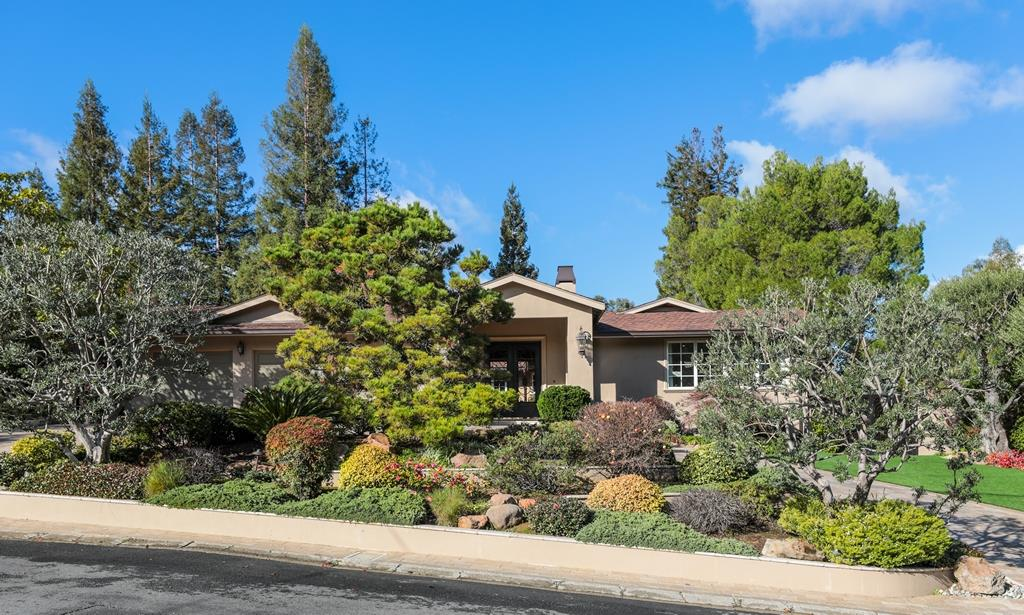 Detail Gallery Image 1 of 1 For 14603 Eastview Dr, Los Gatos,  CA 95032 - 5 Beds | 5/1 Baths