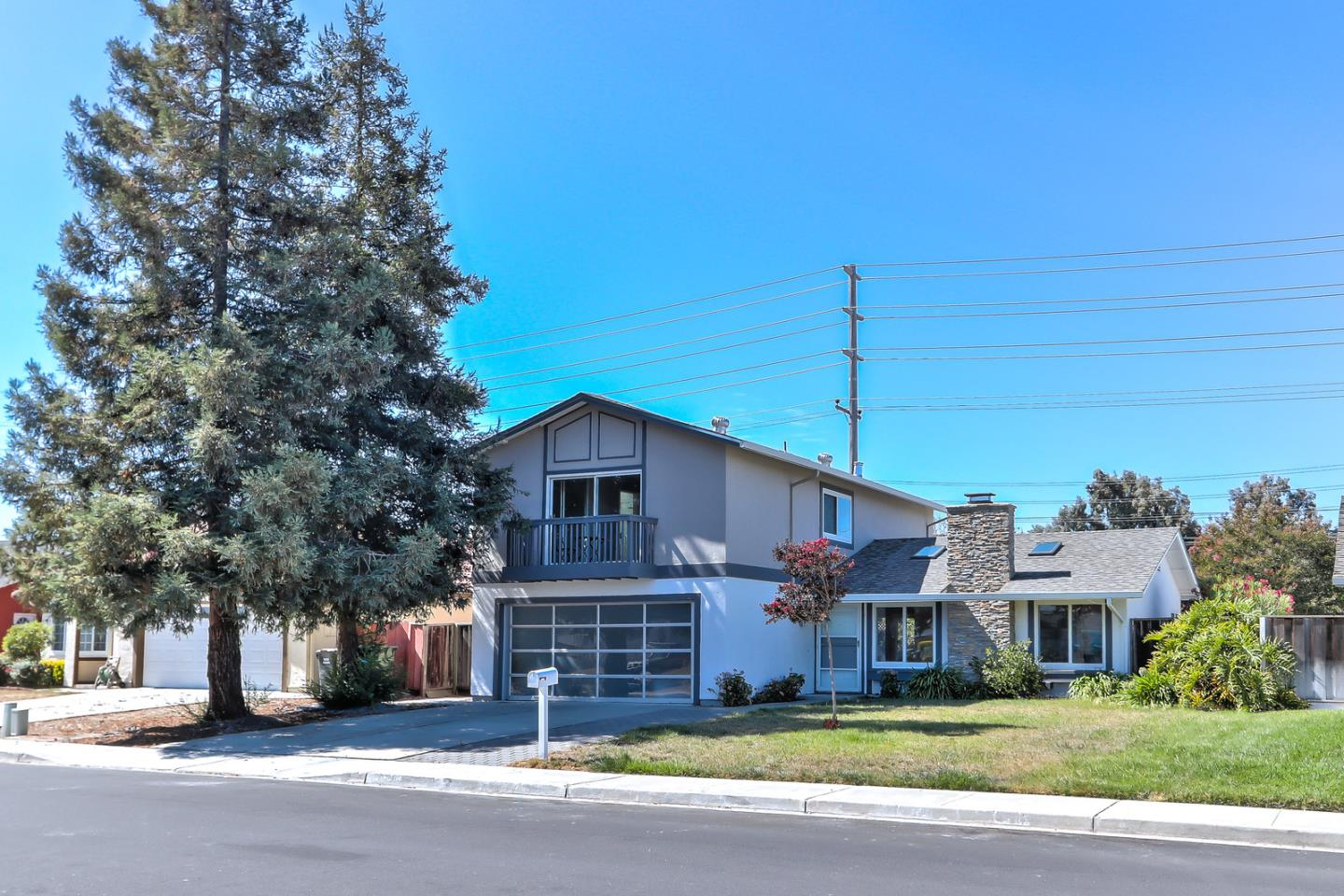 Detail Gallery Image 1 of 1 For 4728 Gillmor St, Santa Clara, CA 95054 - 4 Beds | 2/1 Baths