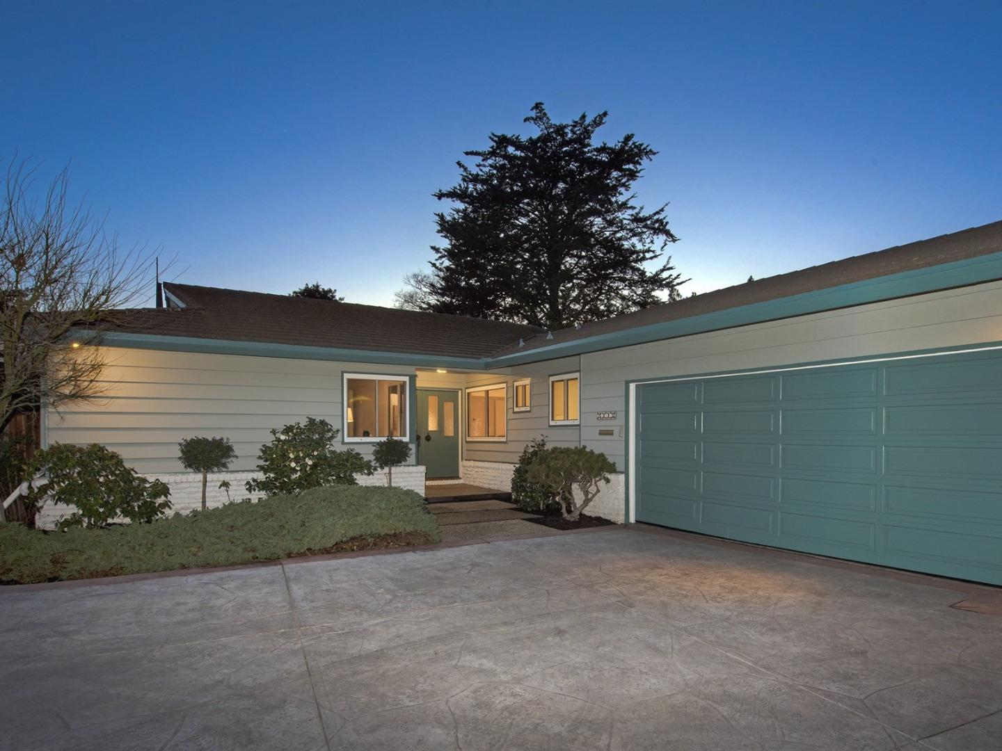 Detail Gallery Image 1 of 1 For 3112 Cowper St, Palo Alto, CA 94306 - 4 Beds | 2/1 Baths