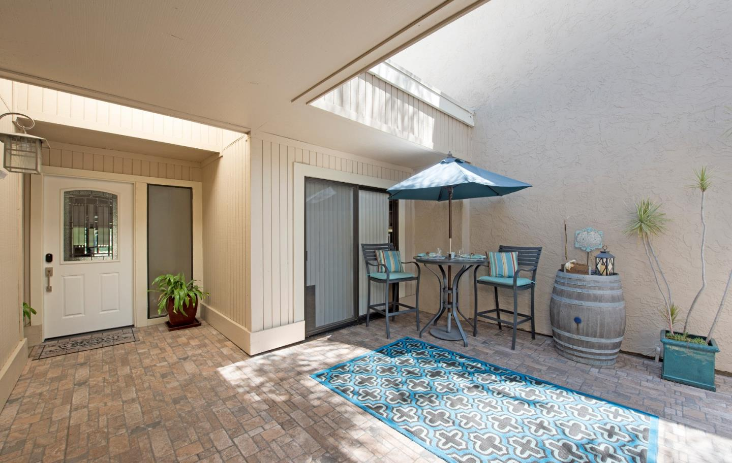 Detail Gallery Image 1 of 1 For 2469 Golf Links Cir, Santa Clara, CA, 95050 - 2 Beds | 2 Baths