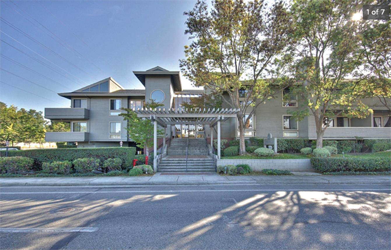 Detail Gallery Image 1 of 1 For 22330 Homestead Rd #219, Cupertino, CA, 95014 - 2 Beds | 2 Baths