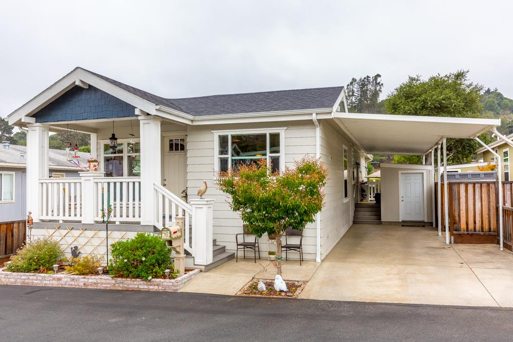 Detail Gallery Image 1 of 1 For 95 Cherry Blossom Ln, Aptos, CA, 95003 - 3 Beds | 2 Baths