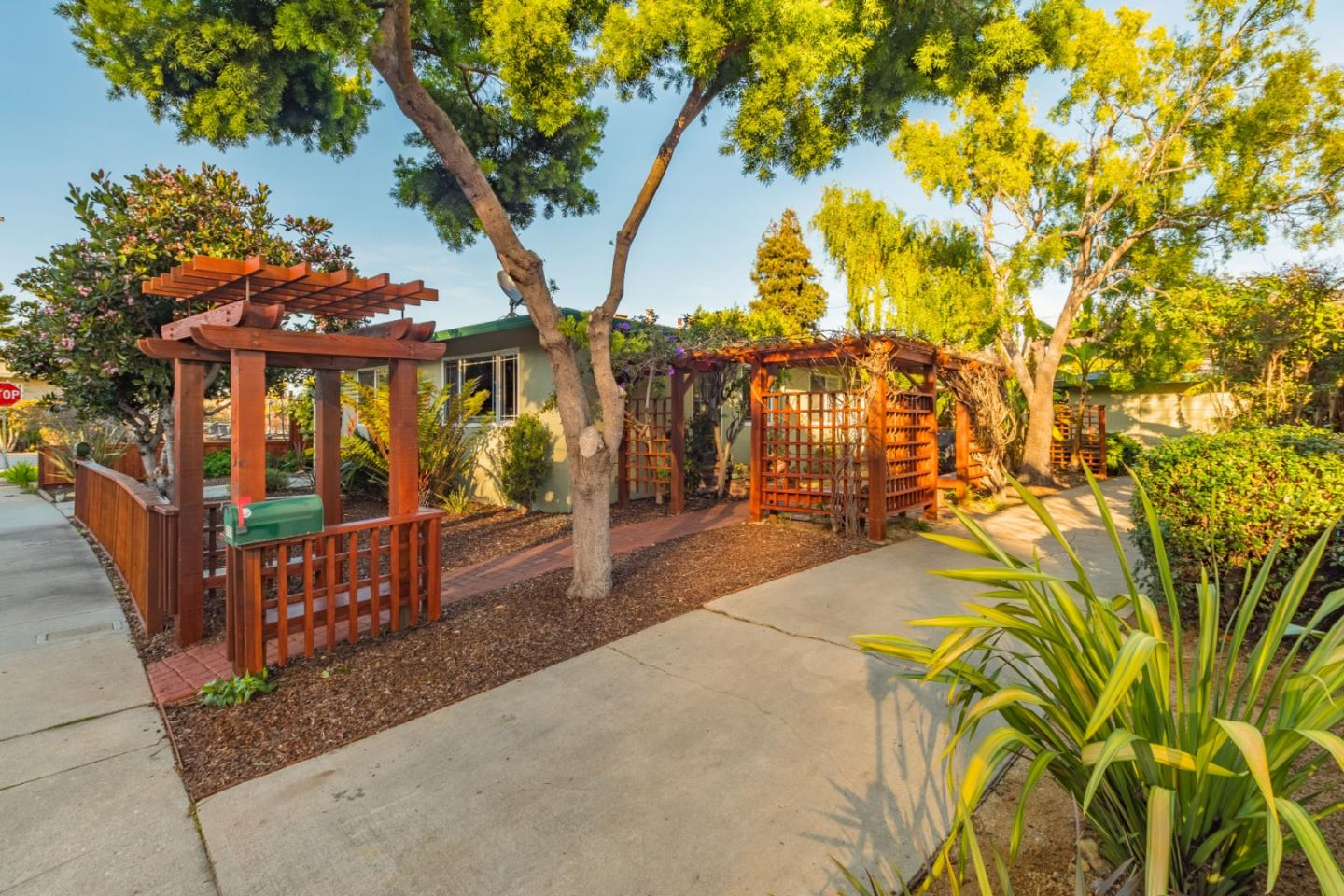 Detail Gallery Image 1 of 1 For 710 & 712 Riverview Dr, Capitola, CA, 95010 - – Beds | – Baths